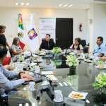 Se reune Secretario General de Gobierno con legisladores locales.
