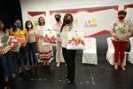 """Persiste el apoyo a mujeres de Los Cabos a través de """"Con mi Alcaldesa Emprendo"""""""