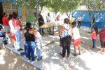 """150 paquetes escolares fueron entregados a estudiantes de la escuela primaria """"Leonardo Gastelum Villalobos"""" en CSL"""