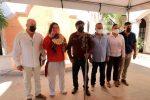 Recibe alcalde Óscar Leggs Castro bastón de mando Pericú que no se había entregado hace más de 50 años