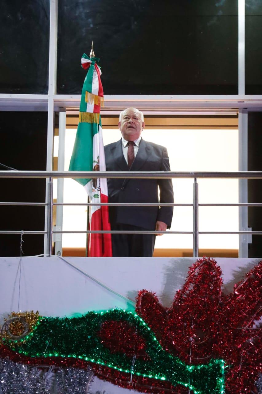 iViva la dignidad!, iViva la justicia!, iVivan los héroes que nos dieron patria!, iViva Baja California Sur!, iViva México!: Gobernador Víctor Castro
