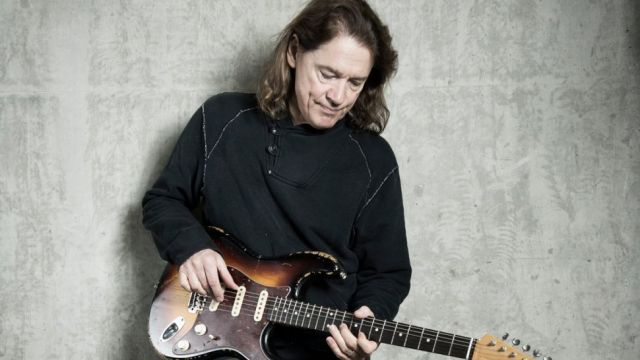 Robben ford mixing pentatonic scales lesson