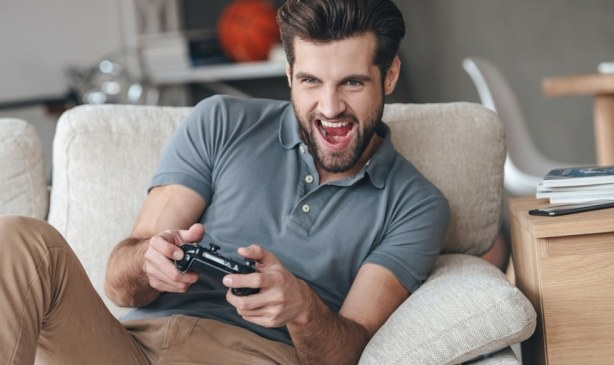 a guy playing game