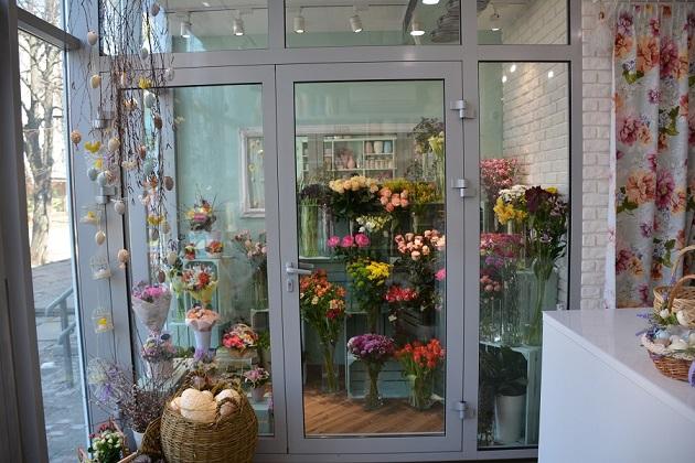 holodilnaya kamera vitrina cvetov - Холодильная витрина для цветочного магазина