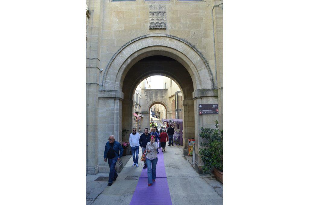 Arcos en la calle Eugippo