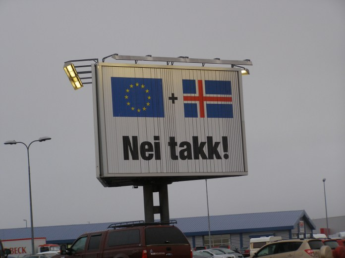 Poster anti-Ue en Islandia en 2013
