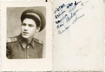 Militar Costică Acsinte din casele noastre Arhiva personală Axinte Constantin, Perieți