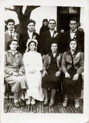 Nuntași Costică Acsinte din casele noastre Arhiva personală Axinte Constantin, Perieți