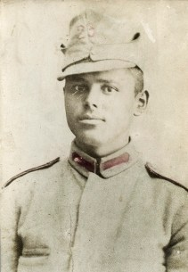 Militar, Regimentul 23 Costică Acsinte din casele noastre Arhiva personală Axinte Constantin, Perieți