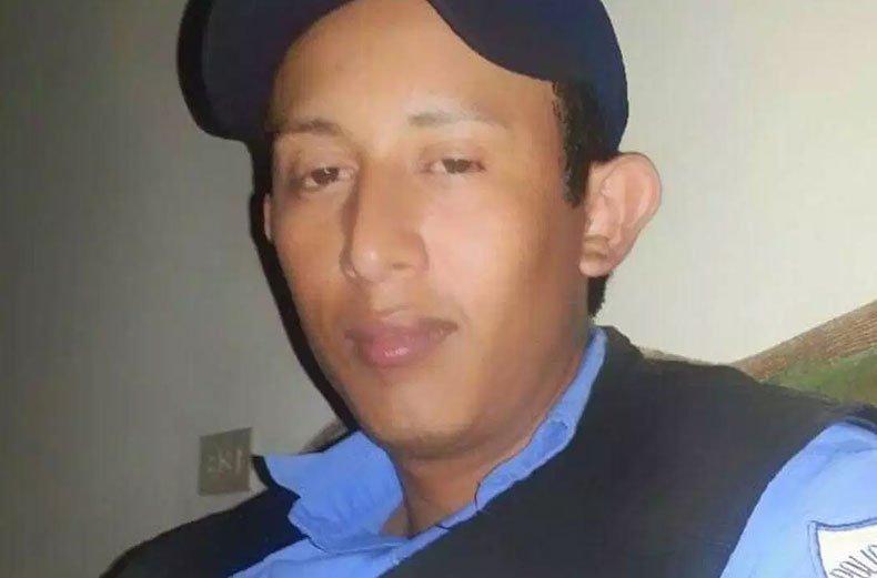 Paramilitares de Sébaco advierten a expolicía que van a matarlo