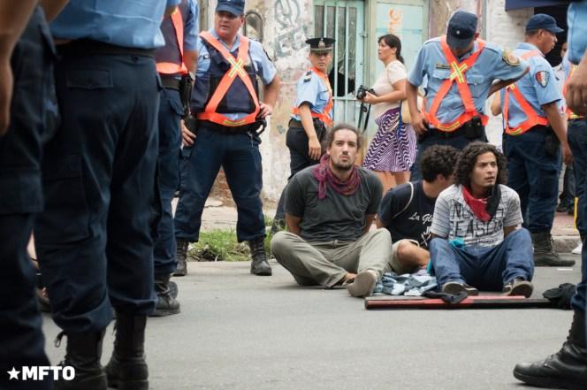 2014.4.2-Movilización y represión en el cospelazo-D.S-2