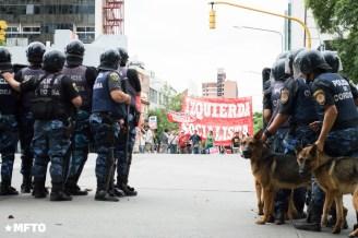 2014.4.2-Movilización y represión en el cospelazo-D.S-3