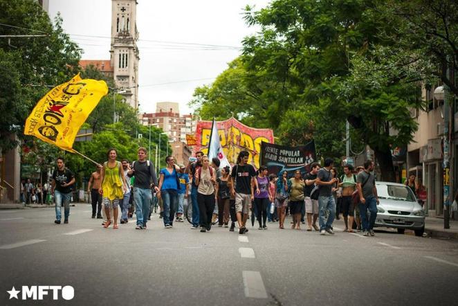 2014.4.2-Movilización y represión en el cospelazo-M.V-1