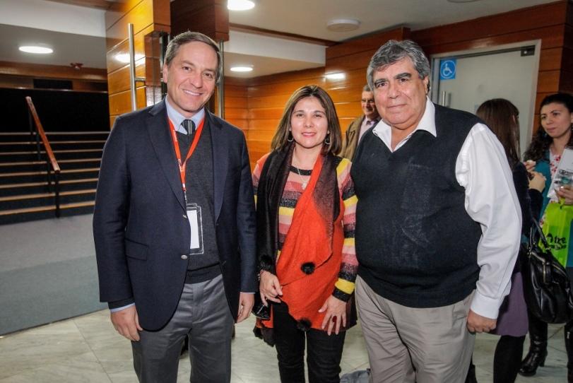 PROFESORES PARTICIPAN EN SEMINARIO «EL COLEGIO QUE VIENE»