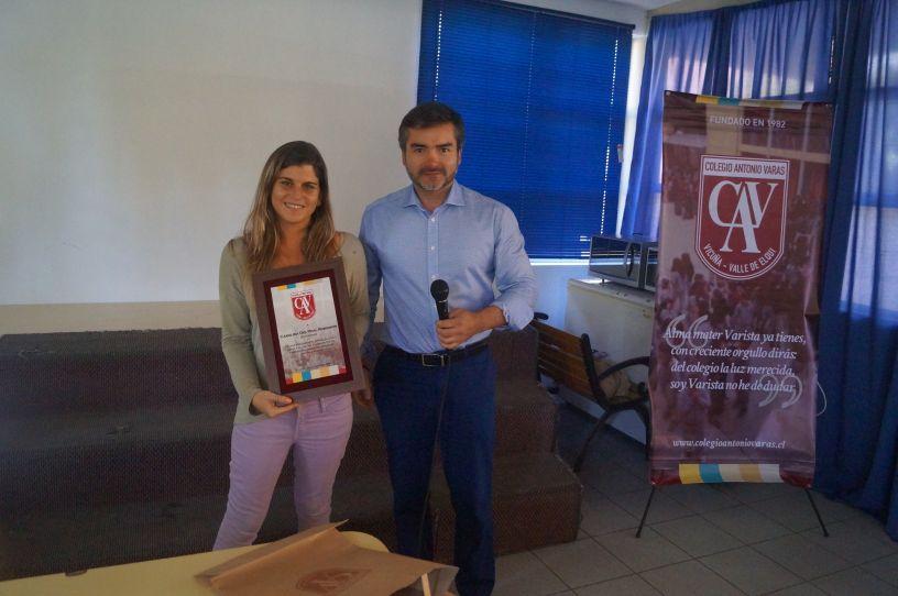 Carolina  del  Real  entregó  testimonio  de vida a alumnos del Colegio Antonio Varas