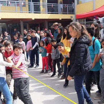 Con Tradicional Pampilla Comunidad Varista Inicia Celebración de Fiestas Patrias 2019