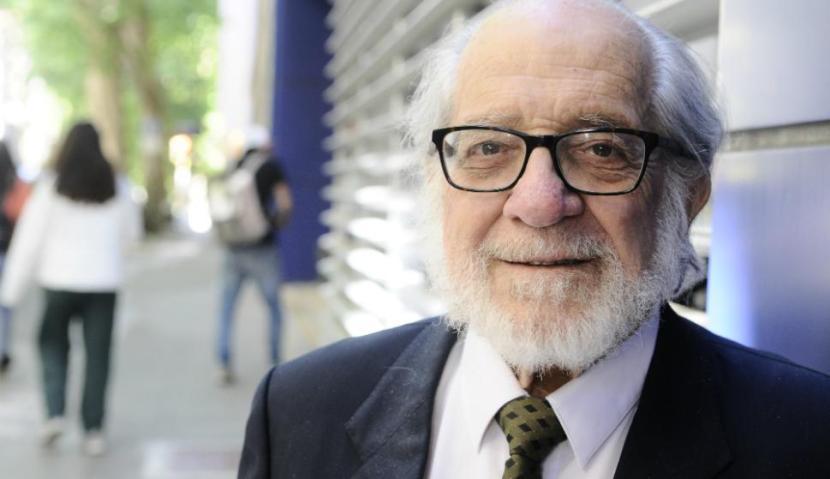 Maestro León Biriotti