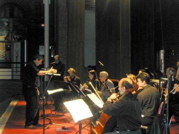 'Ensamble Oriente' en el estreno de 'Nerudianna' de Boris Alvarado, bajo su dirección sobre un poema de Pablo Neruda