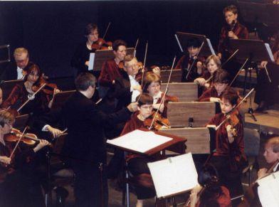 Estreno en Polonia de 'Ma Donna, Incontri per gruppi di solisti ed orchestra' de Boris Alvarado, bajo su dirección Orquesta Filarmonia de Kielce