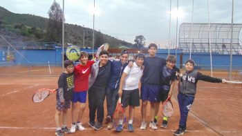Tenistas del colegio triunfan en Pichidegua