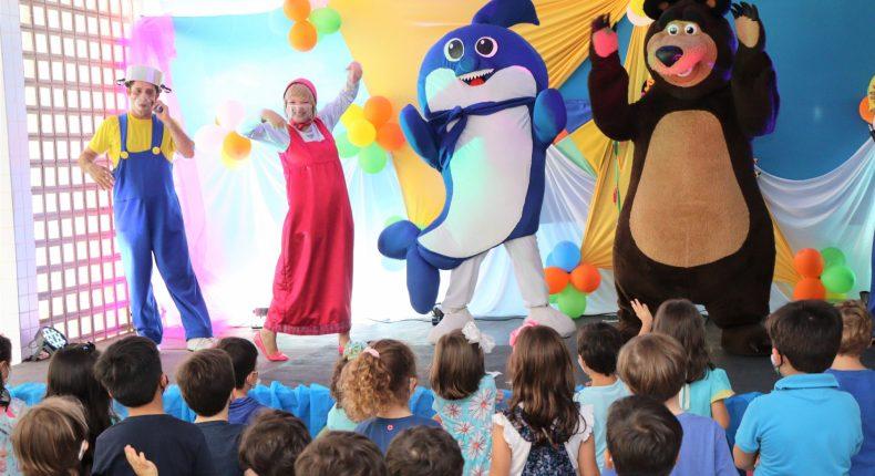 Fantasia e diversão marcam início do Mês da Criança na Educação Infantil