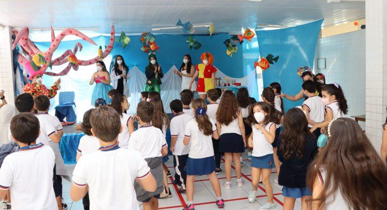 Mês da Criança inicia com a festa e alegria no Evolução