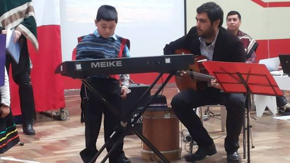 Dilán y su debut del taller de piano