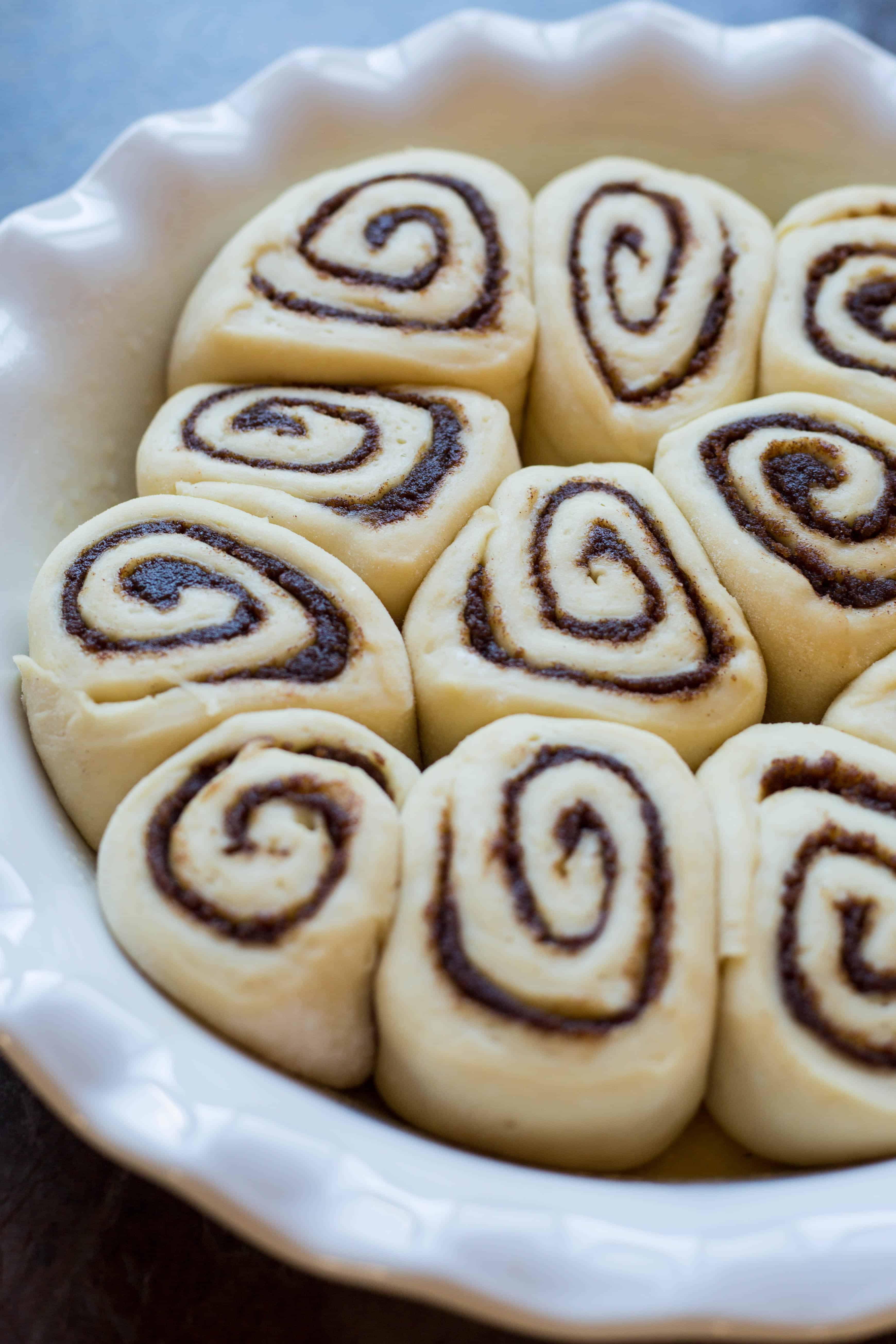 Easy Cinnamon Rolls (Video!)