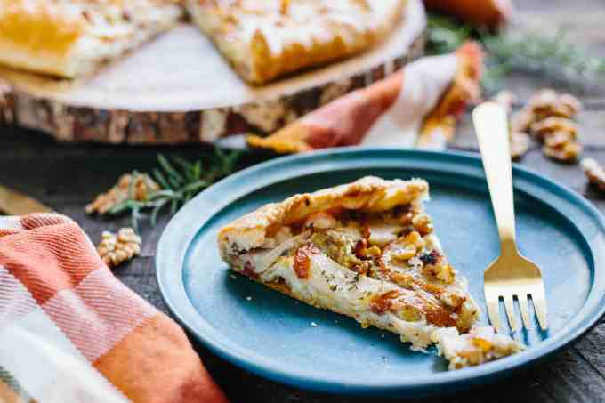 PEAR + LEEK GALETTE with Goat Cheese + Walnuts | Delicious savory free-form tart perfect as a Thanksgiving appetizer #Thanksgiving #appetizer #entertaining #recipe #pear #leek #savory #galette #pie | ColeyCooks.com