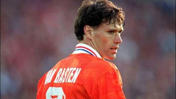 Marco Van Basten, l'un des meilleurs attaquants de l'histoire du ...