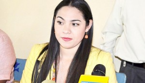 INDIRA VIZCAINO