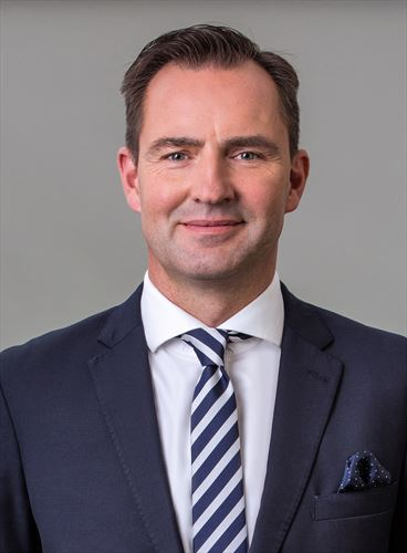 vwsa-chairman-md-thomas-schaefer_880x500