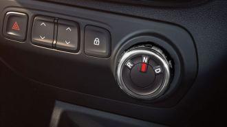 renault-kwid-amt-gear-dial-01_880x500
