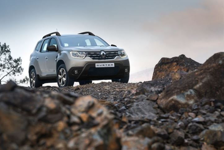 renault-duster_dynamique-4x4-ext-summit_880x500