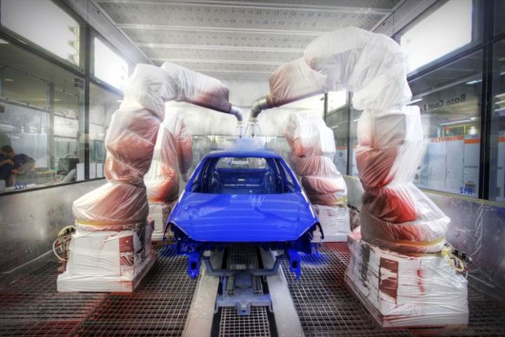 volkswagens-paint-shop-celebrates-10-years-of-painting-peoples-cars_880x500