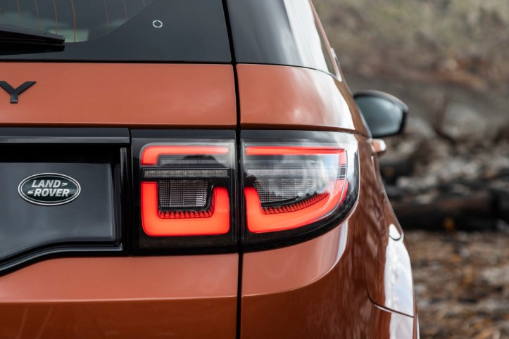 5. Discovery Sport Details