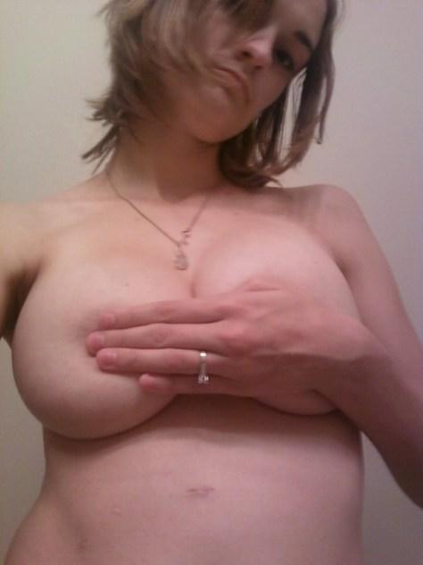 selfies-nude-sexy-girls (28)