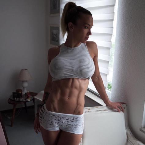 mulheres-suadas-fitness-peladas-8