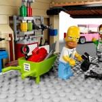 LEGO Simpsons garage