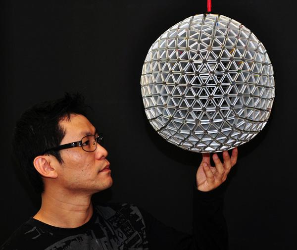 Increíble lámpara hecha con tetrapack reciclado