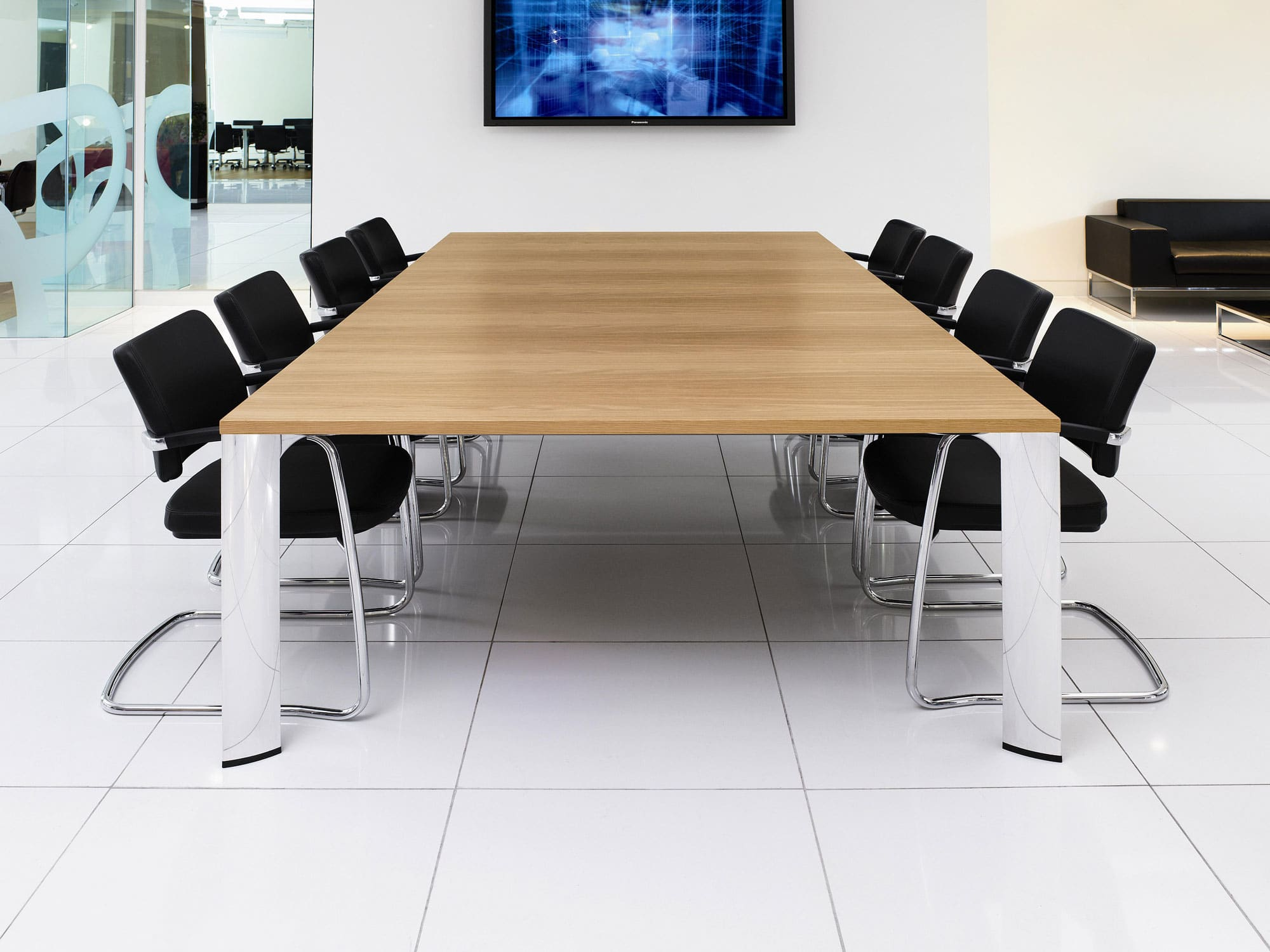 Apollo Collaborative Conference Tables