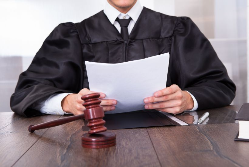 What is the role of the judge in collaborative divorce?