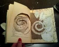 hueco, espiral, hilo y collage