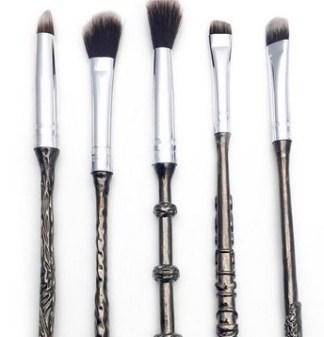 1476437393-harry-potter-brushes