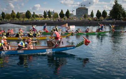 Dragonboats in action