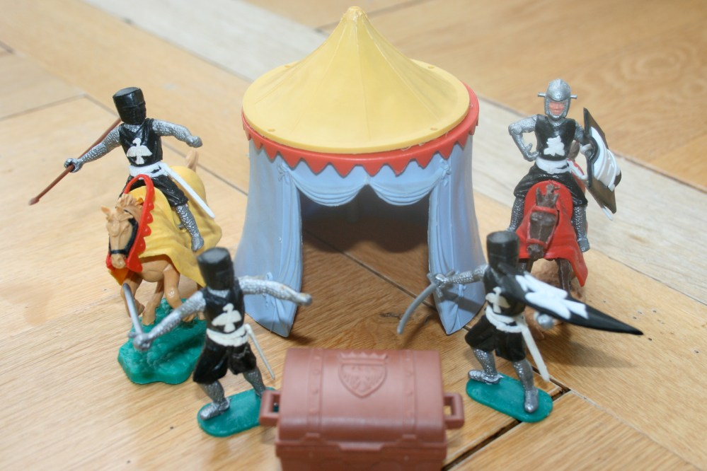 Timpo Knights- Ebay 10 day sale from 04/02/2012 (5/6)