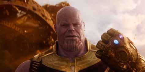 Thanos-with-two-Inifinity-Stones-in-Avengers-Infinity-War-e1511962599825