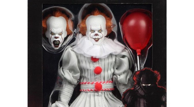 NECA Now available: eBay & Amazon IT (2017) – 8″ Cloth Action Figure Pennywise