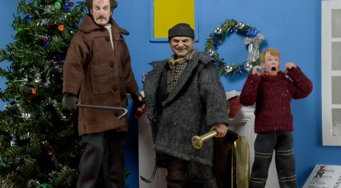 Celebrate the 30th Anniversary of Home Alone with the return of our 8″ Clothed action figures!