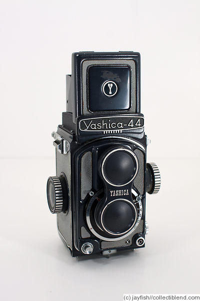 https://i0.wp.com/collectiblend.com/Cameras/images/Yashica-Yashica-44A_1.jpg
